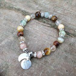 bracelet féminin sacré